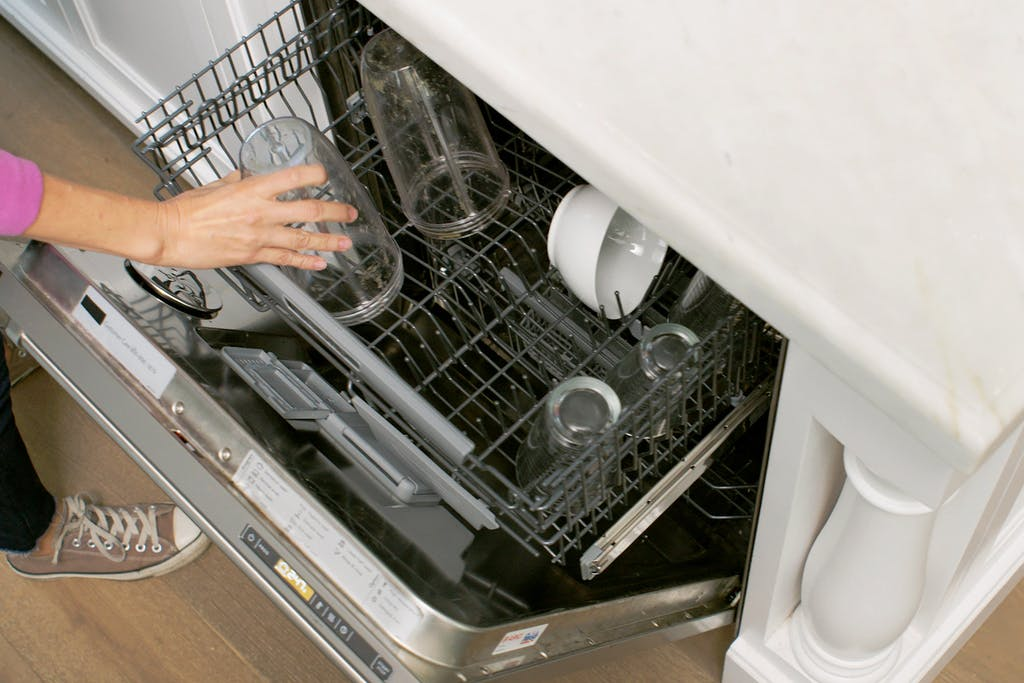 cleaning the nutribullet cup in the dishwasher