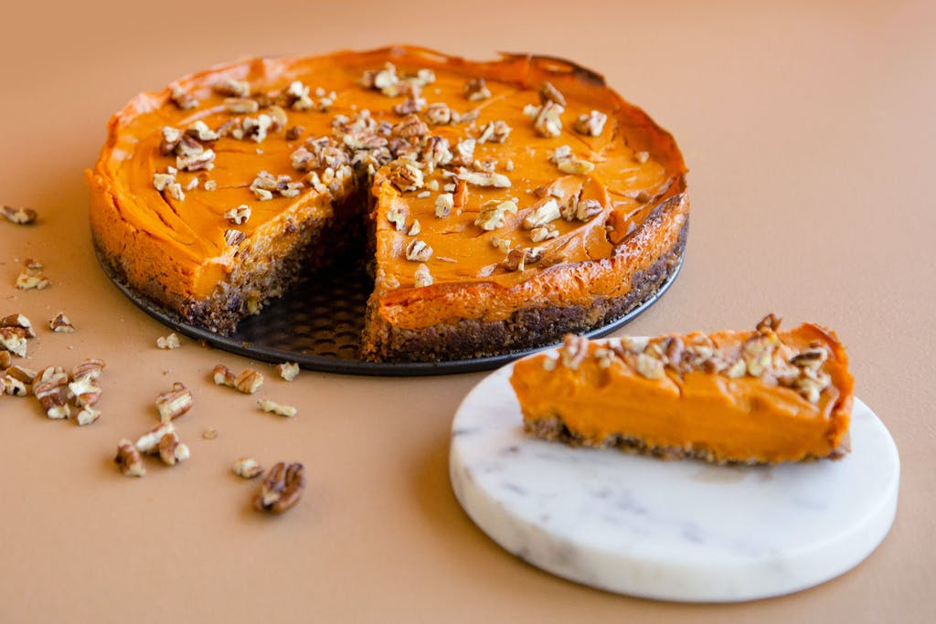 sweet potato pie for a healthy thanksgiving dinner
